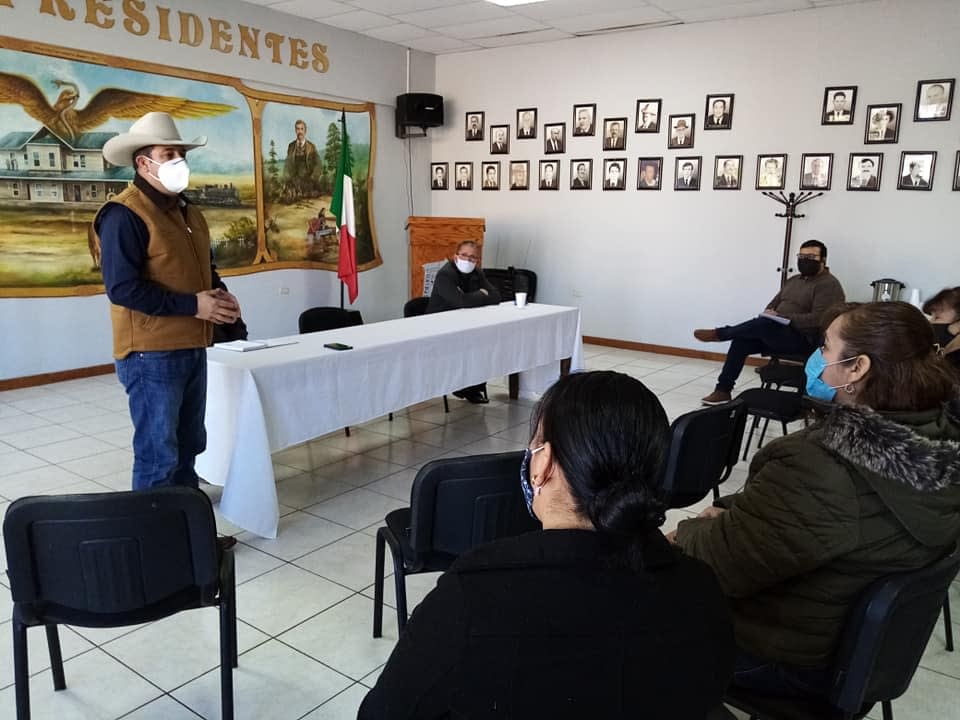 SE GESTIONA MANUFACTURA DE 20,000 JUEGOS DE UNIFORMES ESCOLARES PARA EL MUNICIPIO