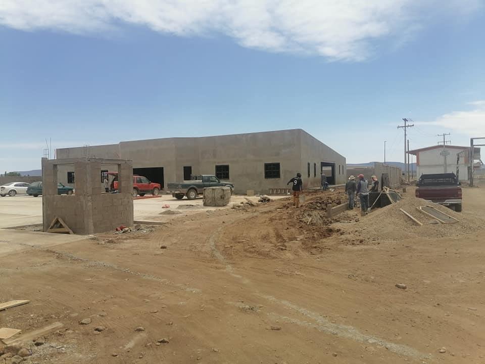 Lee más sobre el artículo CONTINÚA CONSTRUCCIÓN DE LA SALA DE VELACIÓN MUNICIPAL.